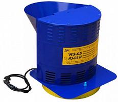 Зернодробилка Фермер ИЗЭ-05М, макс. 1,15 кВт, производительность 250 кг/час, объем приемного бункера 5 л, размеры: 420*280*320 мм, масса 6,9 кг